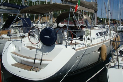 Hire Sailboat JEANNEAU SUN ODYSSEY 42I Portisco