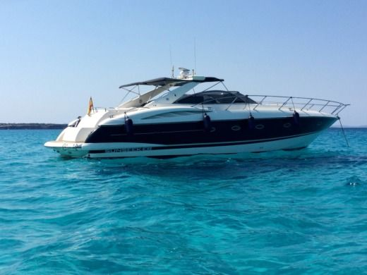 Motorboat SUNSEEKER 50 Camargue for hire