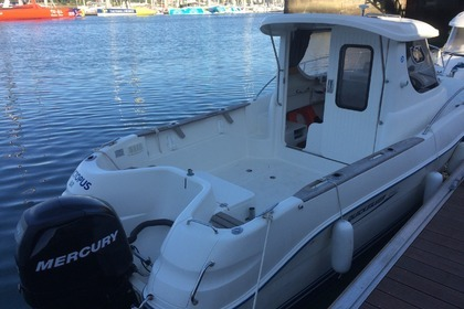 Rental Motorboat QUICKSILVER 640 Pilothouse Lorient