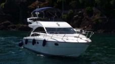 Motorboat Princess 42 for hire