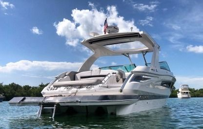Rental Motorboat Fourwinns H350 Aventura