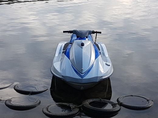 Jet ski YAMAHA VX110 Deluxe for hire