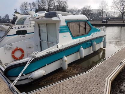 Charter Motorboat Nicols N800 Saint-Usage