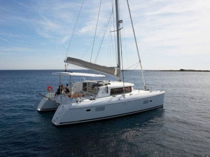 Charter Catamaran Lagoon 42 Portisco