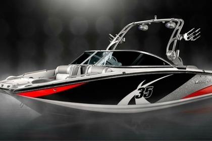 Hire Motorboat Mastercraft X-35 Peoria