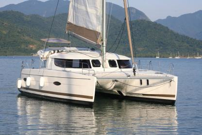 Location Catamaran Fountaine Pajot Lipari 41 Angra dos Reis