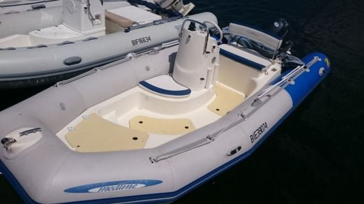 RIB Zodiac Medline Sundream peer-to-peer