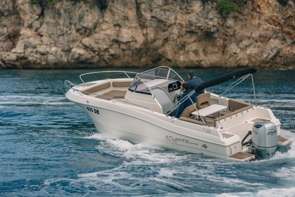 Charter Motorboat Atlantic Marine 670 Open Kotor