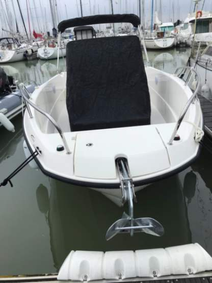 Rental Motorboat Quicksilver 675 Open La Rochelle
