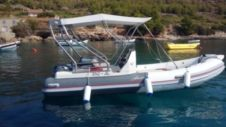 RIB Boat Manta 555 for rental