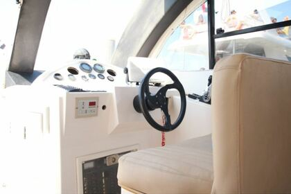Charter Motorboat Gulf Craft 40 Dubai