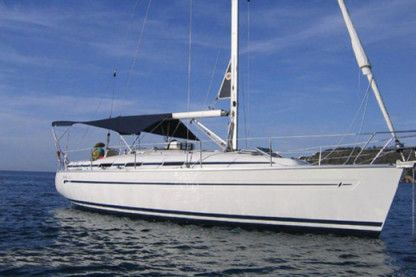 Rental Sailboat Bavaria Bavaria 36 Cruiser Naples