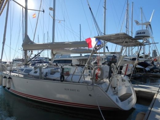 Jeanneau Sun Fast 43 in Bandol for hire