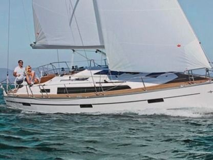 Charter Sailboat Bavaria 37 Cruiser Athens