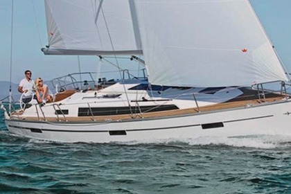 Hire Sailboat Bavaria Cruiser 37 Athens