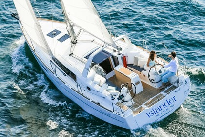 Rental Sailboat Beneteau Oceanis 35 New York
