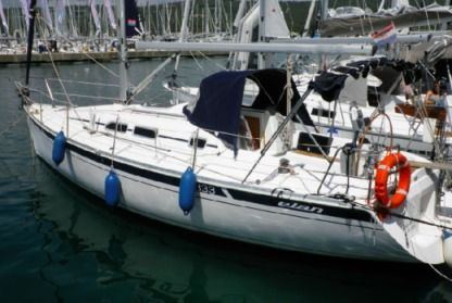 Rental Sailboat Elan 333 Sukošan