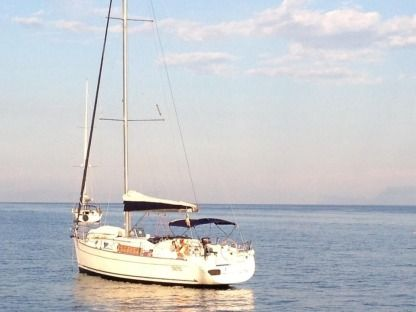 Charter Sailboat Beneteau Cyclades 43.4 Naples