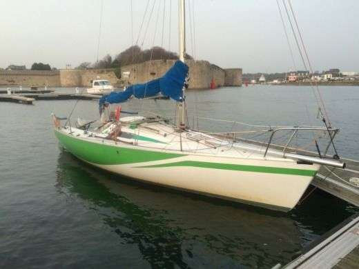 Location b n teau first class 8 concarneau click boat for First class 8 interieur