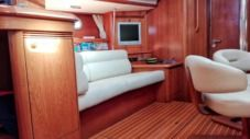 Jeanneau 49 Ds Sun Odyddey 49 Ds in Vibo Marina for hire