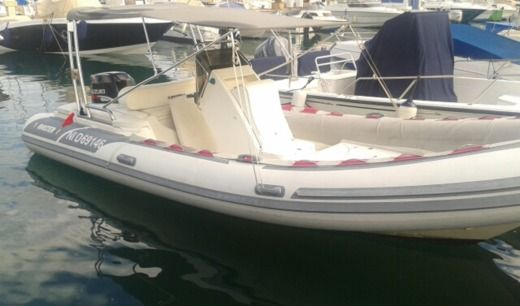 Gommoni Master 660 in Cannes peer-to-peer