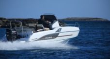 Beneteau 550 Flyer Sundeck in Tamariu for rental