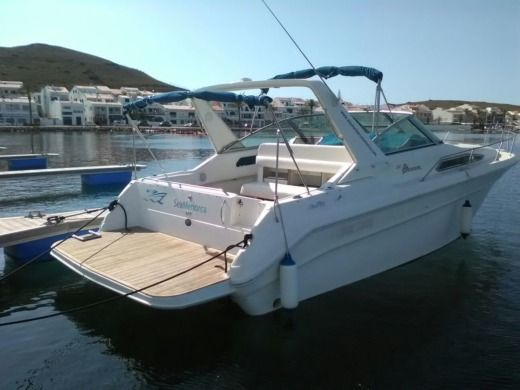 Sea Ray Sundancer 310 en Fornells