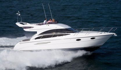 Charter Motorboat Princess 42 Fly Juan les Pins