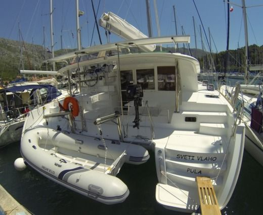 Lagoon Lagoon 400 S2 in Dubrovnik for hire