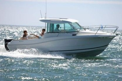 Charter Motorboat Jeanneau Merry Fisher 725 Split