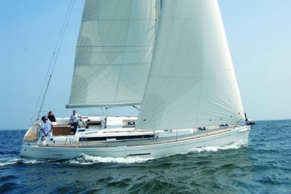 Charter Sailboat DUFOUR 450 Athens