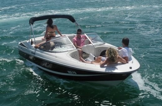 Rental motorboat in Poreč