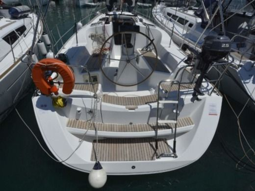 Jeanneau Sun Odyssey 36I in Rogoznica for hire