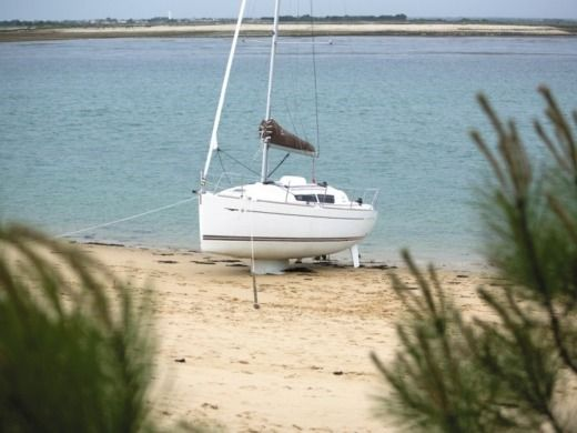 Sailboat JEANNEAU SUN ODYSSEY 30i for hire