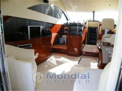 Fairline Phantom 50 en Pozzuoli