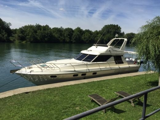 Motorboat Marine Project Princess 45 Yacht for hire