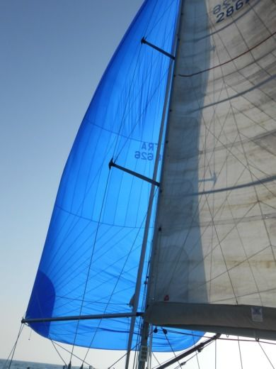 Charter sailboat in Bandol peer-to-peer