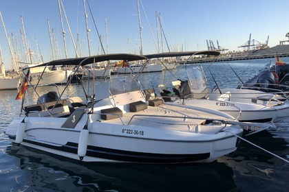 Rental Motorboat Beneteau Flyer 6.6 Valencia