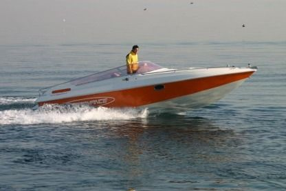 Rental Motorboat Performance 707 Moniga del Garda
