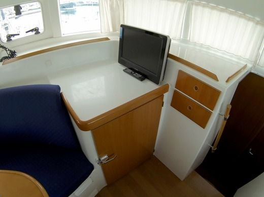 Catamaran Lagoon 380 S2 for hire