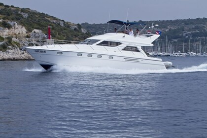 Hire Motorboat PRINCESS 480 Primošten