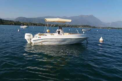 Hire Motorboat Open Line 575 Manerba del Garda
