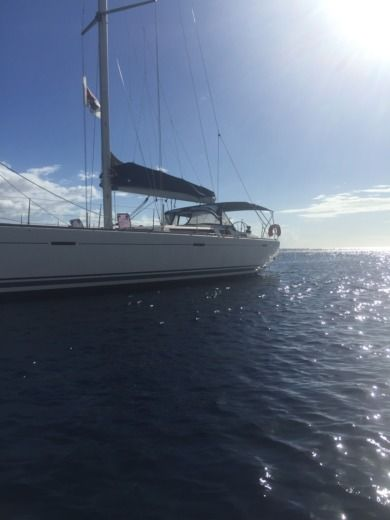 Charter sailboat in Marigot peer-to-peer