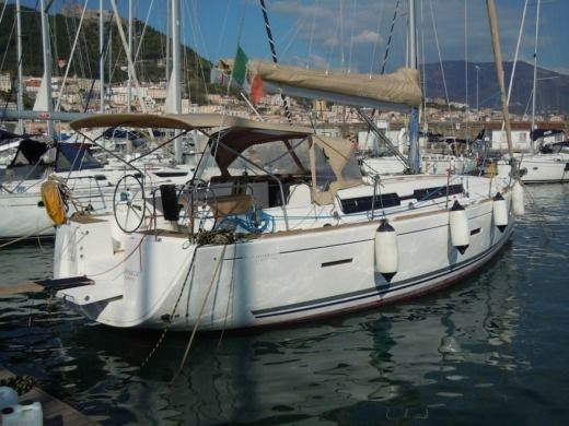 Dufour 405 in Salerno