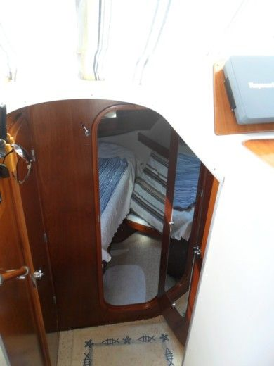 Beneteau Antares Serie 9 in Frontignan for hire
