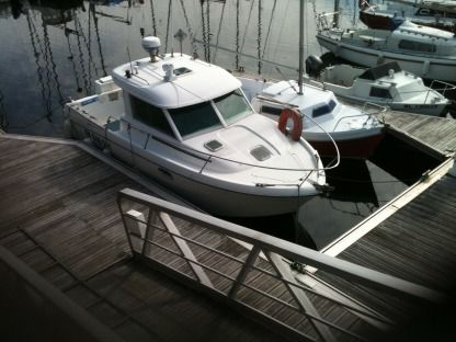 Rental Motorboat Jeanneau Merry Fisher 695 Boulogne-sur-Mer