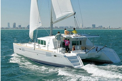 Location Catamaran LAGOON 440 Victoria