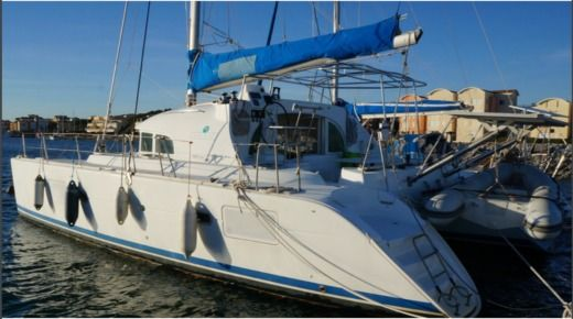 Catamaran Lagoon 380 S2 Premium for rental