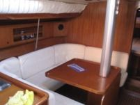 Sailboat Del Pardo Grand Soleil 42 for hire