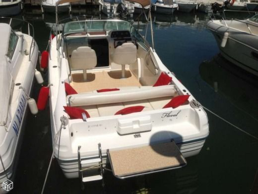JEANNEAU Leader 705 in Cannes for hire